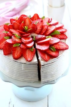 Beautiful, delicious cake topping!