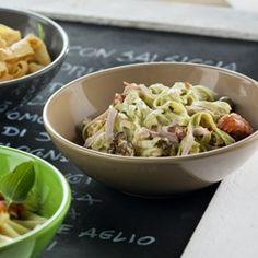 Carbonara saus: Romige pastasaus met kaas en spek.