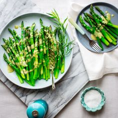 Blog post at Healthy Seasonal Recipes : Put this Asparagus with Tarragon Vinaigrette on your Easter brunch menu and you will have more time to spend with your guests and hide those[..]