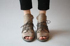 8b325403ead 82 fantastiche immagini su Shoes