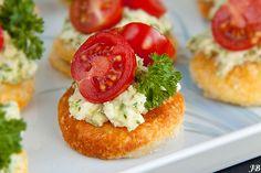 Canapé met tomaatjes en feta-pesto - Caroline's blog !
