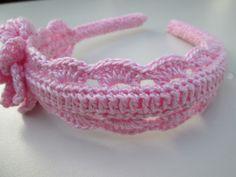 Loom Crochet, Crochet Lovey, Crochet Baby Booties, Crochet Flower Patterns, Crochet Designs, Crochet Flowers, Crochet Hair Accessories, Crochet Hair Styles, Crochet Backpack