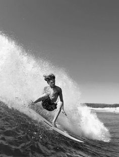 Travel Around The World, Around The Worlds, Big Wave Surfing, The Sporting Life, Surfing Pictures, Windy Day, Big Waves, Beach Scenes, Surfs Up