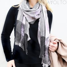 It's all in the details- Avvolto Lilac Floral Digital Printed Scarf
