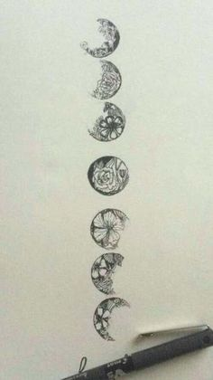 fabulous ideas of moon phases tattoo - phases of the moon sketch Piercings, Piercing Tattoo, Cat Tattoo, Get A Tattoo, Tattoo Drawings, Tattoo Moon, Tattoo Forearm, Small Tattoo, Tattoo Spine