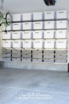 """11 Simply Awesome Garage Organization Ideas That Will Make You Go """"Wow!""""Now is the perfect time to clean, declutter and organize your garage. If you've been looking for garage storage ideas, then you've come to the right p. Garage Storage Bins, Garage Shelf, Garage Walls, Garage House, Diy Storage, Garage Doors, Car Garage, Garage Workbench, Smart Storage"""