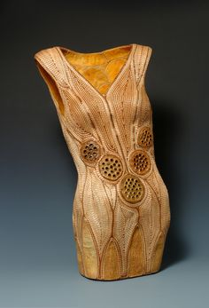 Jan Hopkins (Everett) is a fiber artist/basket maker. She has expanded her practice to include alternative materials such as grapefruit peel, sturgeon skin, lotus pods, lunaria seed pods and cantaloupe peels, in addition to traditional basket making materials.