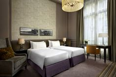 Twin #Guest #Room is appointed with #sophisticated, #contemporary #design and spacious layout