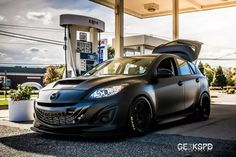 Our first blog post has to be of this beautiful machine. One of the most beloved and known Mazdaspeed3s out there. Rob Finkle, one of the most sou