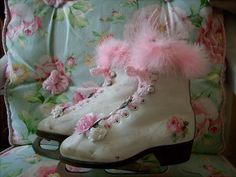 christmas,holiday,shabby,cottage,roses,chic,pair ice skates