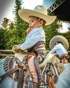 Hopefully one day my son will love horses the way his mommy does #DreamGoals