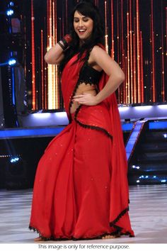 Splushy Hot Chilli Red Pure Georgette work patch Style with Black Velvet Stylish Bollywood Saree Black Saree, Red Saree, Bollywood Saree, Bollywood Actress, Online Shopping, Lauren, Bollywood Celebrities, Suits, Affordable Fashion