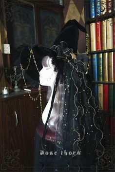 Witch's Astrology~ Lolita Hat For Halloween Creepy Halloween Costumes, Real Costumes, Halloween Items, Cool Outfits, Fashion Outfits, Lolita Dress, Back To Black, Character Inspiration, Veil