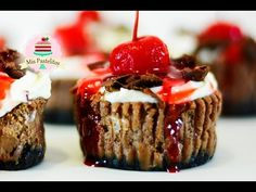 MINI CHEESECAKES CUPCAKES DE CHOCOLATE | SELVA NEGRA (BLACK FOREST) - YouTube
