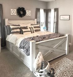 The OHIO bedroom bed frame Farmhouse Bed - Standard King Size PlansThis stunning (and especially sturdy!) Farmhouse king bed frame costs only a fraction to build or buy. Door Bed Frame, Tall Bed Frame, King Size Bed Frame, Diy King Bed Frame, Wooden Queen Bed Frame, Diy Queen Bed Frame, Bedroom Bed, Bedroom Decor, Bedroom Ideas