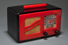"Motorola Catalin ""S-Grill"" Radio 51x15 Rare Red + Black Art Deco Beauty"