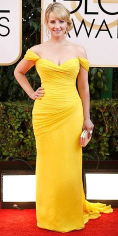 Golden Globes 2014: Arrivals : Canary yellow and perfect rouching make this dress a winner for Melissa Rauch