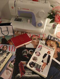 Student Fashion, School Fashion, Dream Job, Dream Life, Fashion Desinger, Modelos Fashion, After Life, My Vibe, Photo Dump
