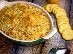 Creamy Chicken Ritz Casserole | bakeatmidnite.com | #chicken #casserole #ritzcrackers