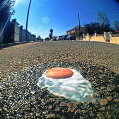 Huevo cocido mediante el sol.