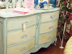Must try with Louis Blue and Old Ochre Chalk Paint!