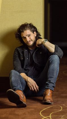 What a hunk. Like seriously, my life started when Kit Harington donned the crow coat, and now he's killing me with a rugged handsomeness I can forgive Pompeii if he does more photos shoots like this.