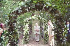 Ceremony | Green Wedding <3 | Outdoor Wedding | Wedding Arch <3 ... #Woodland28WeddingArches