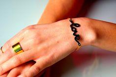 Siirry tuotteeseen Bracelets, Jewelry, Fashion, Moda, Jewlery, Jewerly, Fashion Styles, Schmuck, Jewels
