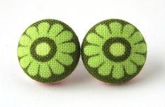 green flower earrings $8.90