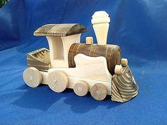 LadislavKurnota / Drevený vláčik na kolieskach Wooden Toys, Wooden Toy Plans, Wood Toys, Woodworking Toys