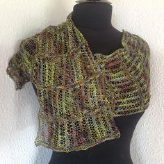 Båndlagt - Strikkekit www.dragenkunst.dk Knitting, Fashion, Moda, Tricot, Fashion Styles, Stricken, Knitwear, Crocheting, Fashion Illustrations
