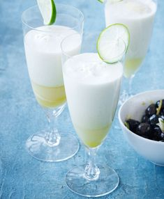 Nytårsdrink med kokosmælk og ananas