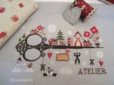 Let it snow – bordandocomigo.bl… Let it snow – bordandocomigo. Christmas Cross Stitch Alphabet, Xmas Cross Stitch, Cross Stitch Love, Cross Stitch Cards, Cross Stitch Samplers, Cross Stitch Designs, Cross Stitching, Cross Stitch Embroidery, Cross Stitch Patterns