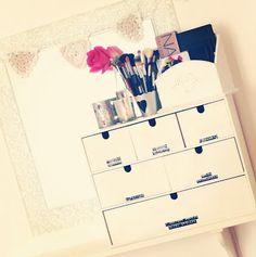 B U B B L E G A R M - New makeup Storage.
