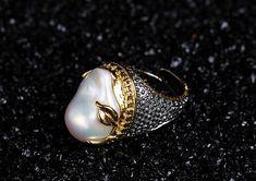925シルバー natural  Baroque pearls Ring Tourmaline lapis lazuli Garnet Emerald(Etsy のmikaincより) https://www.etsy.com/jp/listing/587309117/925shirub-natural-baroque-pearls-ring