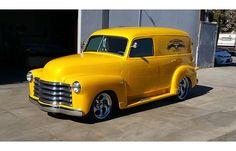 ✿1950 Chevrolet Panel Truck✿ Maintenance of old vehicles: the material for new cogs/casters/gears could be cast polyamide which I (Cast polyamide) can produce