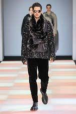 2-Emporio Armani Fall/Winter 2015/2016 Fashion Show