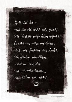 """""""Gott ist tot."""" Zitat aus den Lyrics von Tanz der Vampire - inspiriert von dem gestrigen Abend im Ronacher Wien. Eindeutig mein liebstes Musical! Gruselstimmung kurz vor Halloween."""