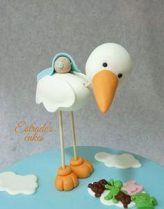 Cute stork and baby Baby Cake Topper, Fondant Cake Toppers, Fondant Baby, Torta Baby Shower, Baby Boy Shower, Fondant Figures, Stork Cake, Decoration Patisserie, Fondant Animals