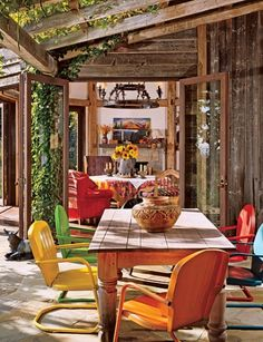 California, film director Joel Schumacher wanted a rustic look with modern comforts.