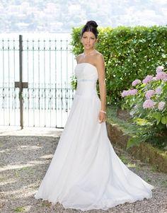 Il fiocco azzurro.... Alessandro Tosetti www.tosettisposa.it Www.alessandrotosetti.com #abitidasposa #wedding #weddingdress #tosetti #tosettisposa #nozze #bride #alessandrotosetti #modasottolestelle #cnms #swissfashiontv