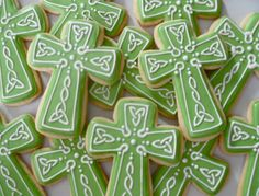 .Oh Sugar Events: St Patrick's Day Cookies - Celtic Cross