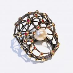 Blog Post: The Artist's Pearl jewellery at www.marlm.com