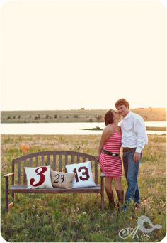 Save the date card can set the style of the wedding and your guests will know what to expect. See our creative Save the date photo ideas for inspiration! Engagement Couple, Engagement Pictures, Engagement Shoots, Engagement Photography, Wedding Photography, Photography Ideas, Engagement Ideas, Fall Engagement, Unique Save The Dates
