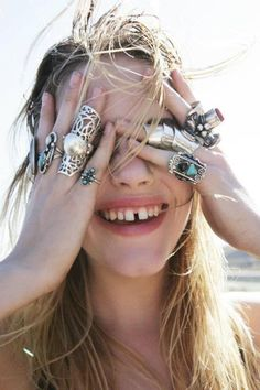 Work that diastema! Ashley Smith by Jason Lee Parry for Oyster Magazine Bagan, Hippy Chic, Boho Chic, Bling Bling, Cowgirl Bling, Looks Style, My Style, Gypsy Style, Boho Style