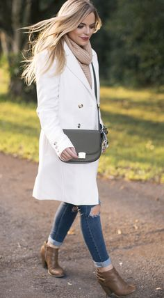 White Coat for Fall – Living In Color Print. Beige knit sweater+ripped denim+brown ankle boots+white coat with golden buttons+khaki crossbody bag with a printed scarf. Fall Outfit 2016