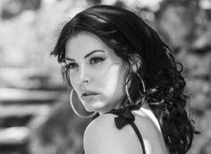 Η Μεσογειακή ομορφιά της Μαρίας Κορινθίου με μαύρα και γοβες Hoop Earrings, Jewelry, Fashion, Moda, Jewlery, Jewerly, Fashion Styles, Schmuck, Jewels