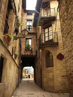 Espana! Clean streets and building bridges provide a neat community with visual security.