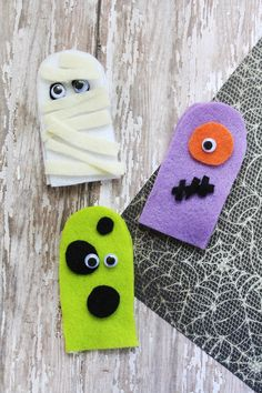 Are you ready for Halloween? Today I have a fun craft to help you get into the spirit of the holiday with the kids; Felt Finger Puppets in Halloween-themed characters! They're easy to make and fun to decorate. I've done a mummy and a couple of creepy-cute monsters. Let your imagination run wild! You can take on making vampires and werewolves with a little creativity.