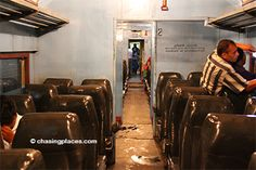 A step-by-step guide on how to get from Kandy to Galle by train. | Chasing Places -Travel Guide